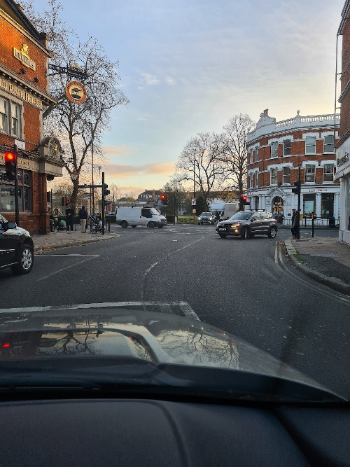 Image of Acton Lane in Chiswick.