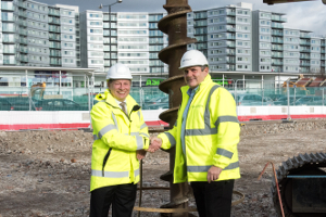 Image of Cllr Curran and Stephen Day, Managing Director, Barratt London