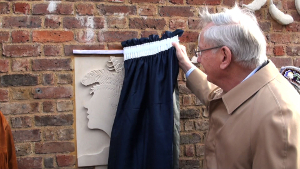 Image of the Duke of Gloucester unveiling the plaque.