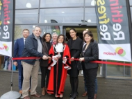 Image of the Mayor of Hounslow Cllr Samia Chaudhary and other dignitaries.